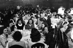 Dining in 1950