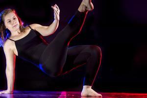 Taylor Watts '16 dancing